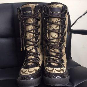 Winter boots COACH